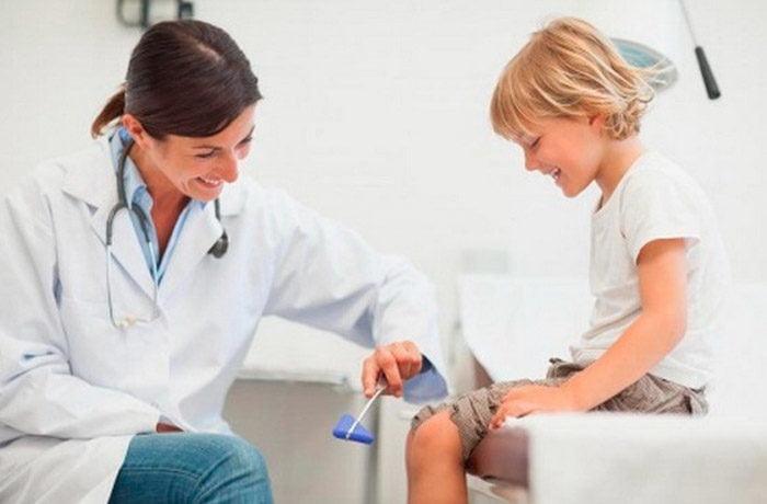 Дитячий невролог
